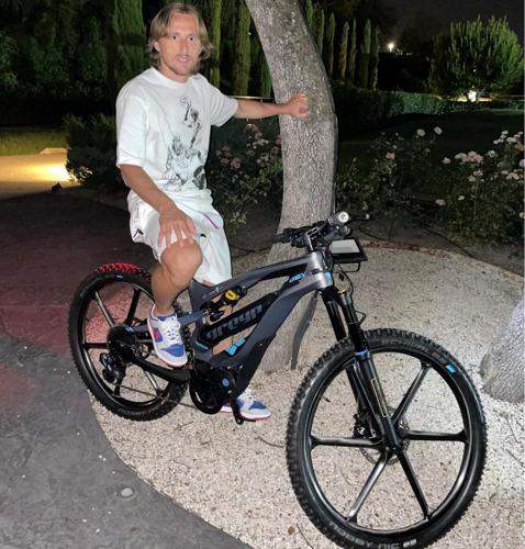 Night Riding With Luka Modrić