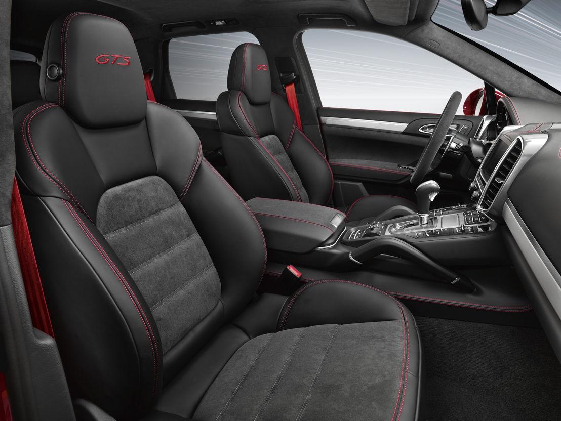 Cayenne GTS Interior