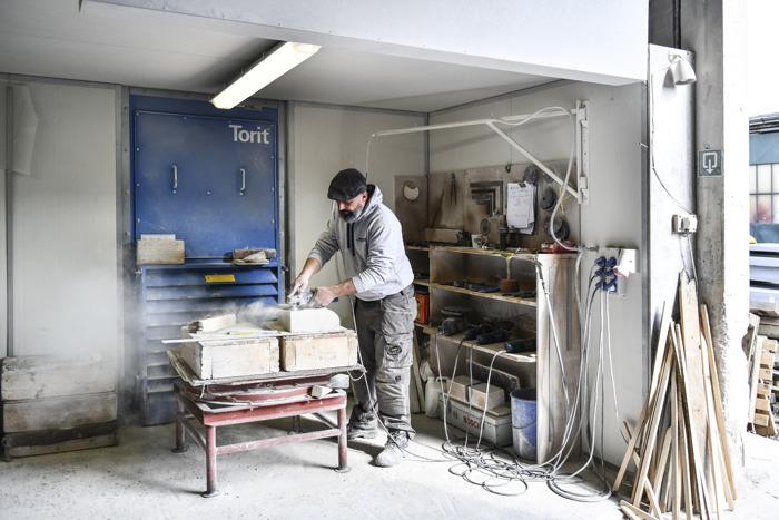 Volkswagen en DDB maken een reis doorheen de tijd met één van de laatste Belgische steenkappers: Frédéric De Meyer