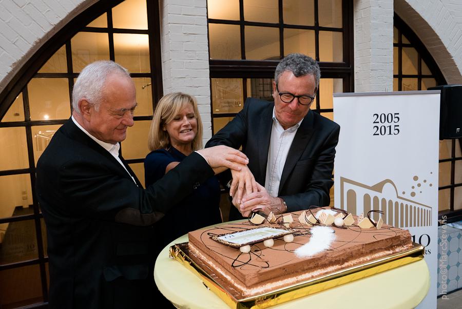 Ateliers des Tanneurs viert 10de verjaardag met taart