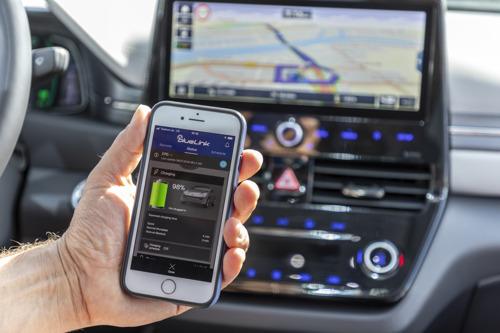 Hyundai Bluelink: Nahtlose Vernetzung für mehr Komfort und mehr Sicherheit