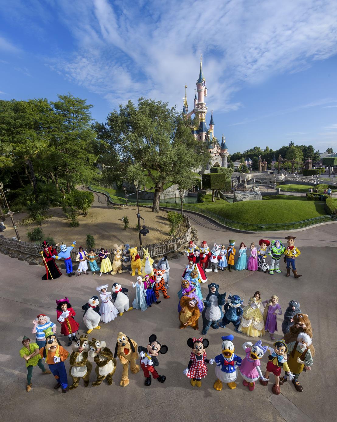 J-100 avant le 25e anniversaire de Disneyland Paris