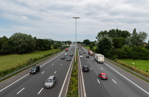 """""""Haal de structurele files voorgoed van Vlaamse wegen"""""""