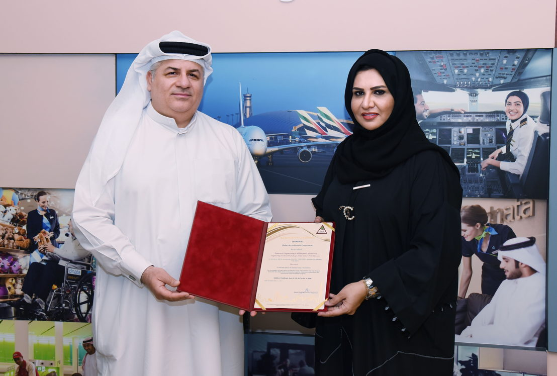 Mohammed Jaffer Nassar, Emirates Senior Vice President, Engineering receives the ISO certification from Amina Ahmed Mohammed, CEO, Emirates International Accreditation Centre
