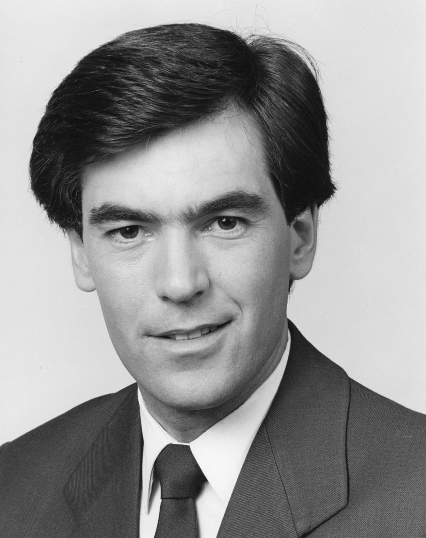 VFA Football: Head commentator and anchorman, Peter Gee, 1989