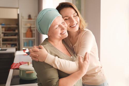 VUB werkt samen met Europese universiteiten aan een app om mensen met kanker en hun mantelzorgers thuis beter te ondersteunen