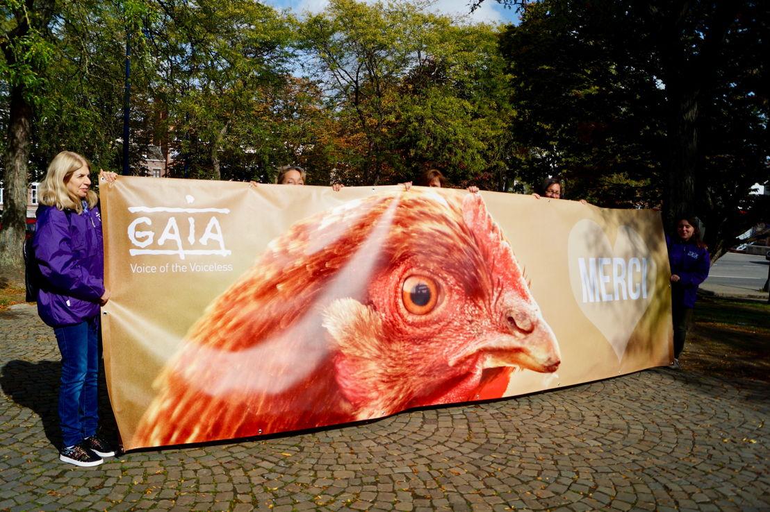 Les bénévoles de GAIA devant le Parlement wallon. © GAIA