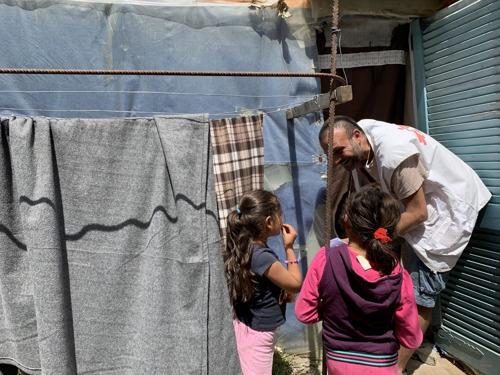 Médicos Sin Fronteras pide el fin del confinamiento de los migrantes y solicitantes de asilo que se encuentran en los campos de las islas griegas