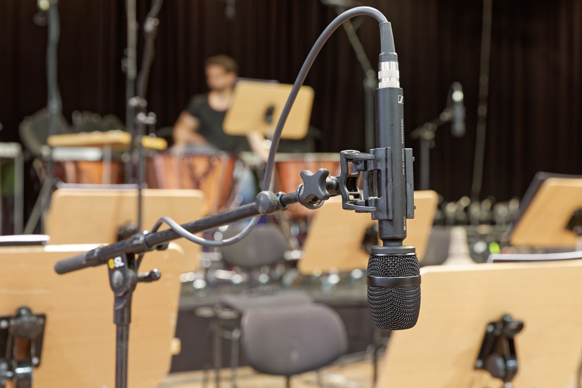 Six AMBEO VR Mics were placed between the orchestra's musicians to capture the harmonious interplay from different perspectives