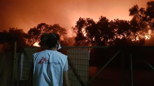 MSF - Broll & photos des incendies à Moria
