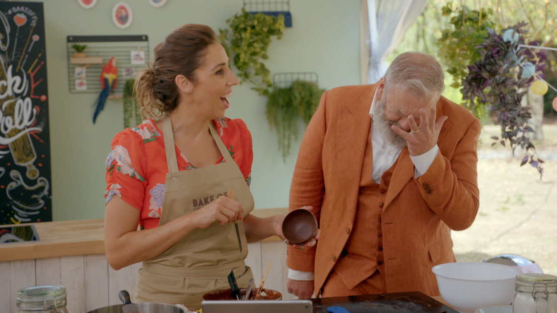 """De finaleopdracht in Bake Off: """"Met zijn stomme chocoladebloem!"""""""