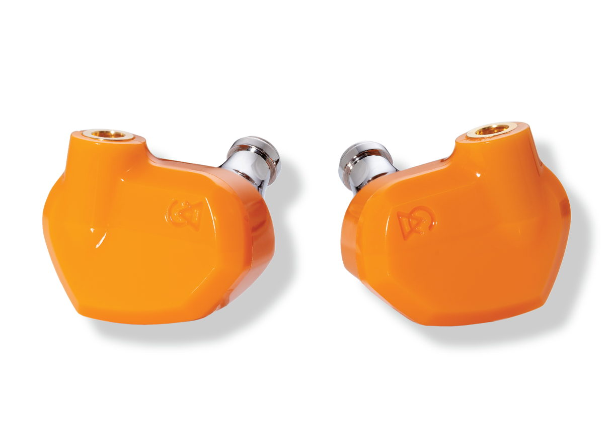 The 'orange-fizz' colored Satsuma features an aesthetically similar presentation to Campfire Audio's higher-end range of products, characterized by the company's unique 3D printed acoustic chamber design.
