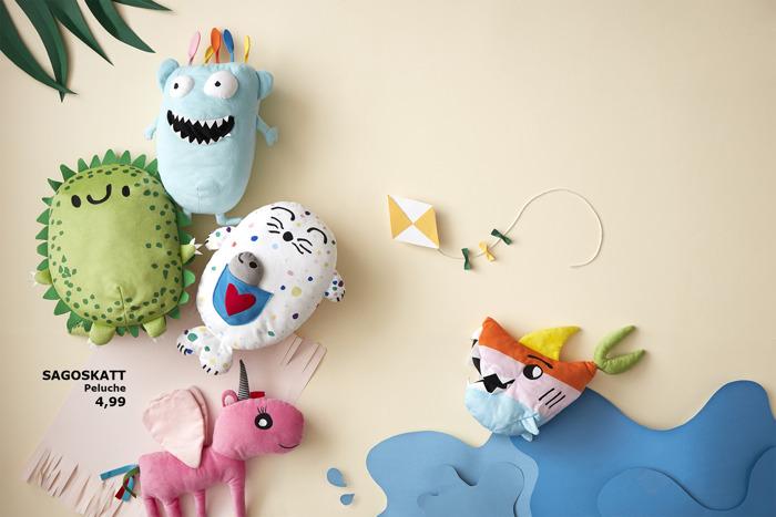 IKEA lance SAGOSKATT, des peluches adorables qui éveillent l'imagination