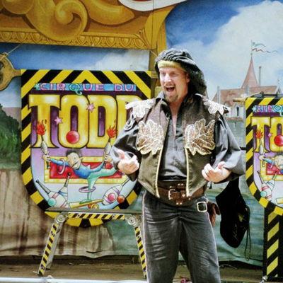 Cirque Du Todd