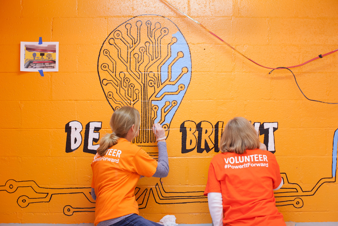 Employees Bring Fresh, New Color to Shadyside Boys & Girls Club
