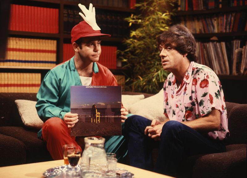 Elton John and Molly - Countdown 1975