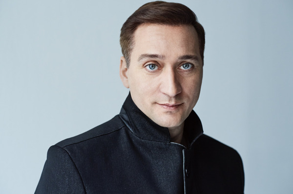 Preview: Paul van Dyk Releases New Single: First Contact