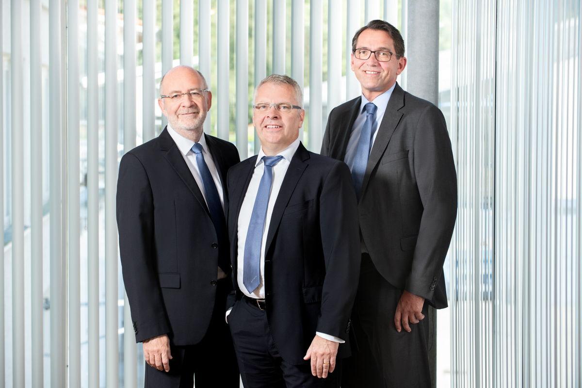 Das Hatz Managementtrio (von links): Wilfried Riemann (operativer Geschäftsführer, COO), Bernd Krüper (Vorsitzender der Geschäftsführung, CEO), Thomas Lehner (kaufmännischer Geschäftsführer, CFO)