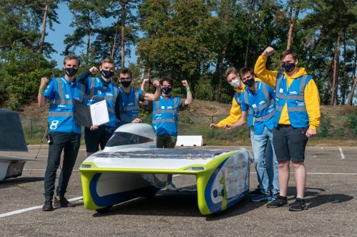Belgisch Solar Team slaagt op technische keuring voor het Europese kampioenschap