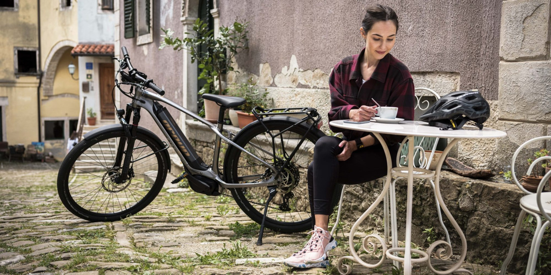 Greyp just launched a new, high-tech 100 km electric trekking bike, and we've got the first ride!