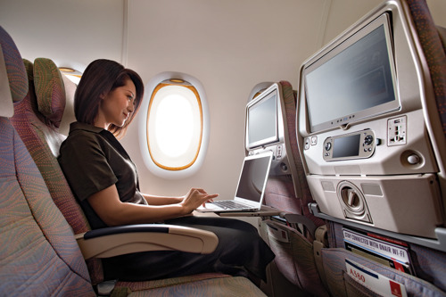 Emirates' US-bound passengers soon to have Wi-Fi, mobile connectivity and Live TV over the North Pole