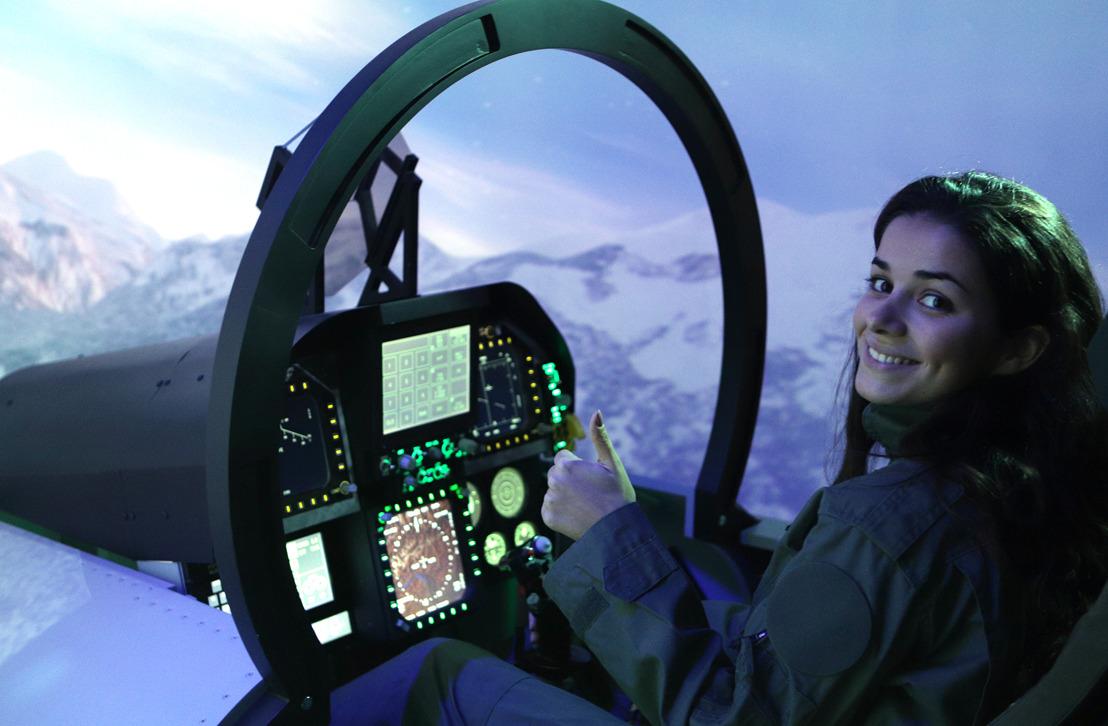 Une première: en Belgique, tout le monde peut maintenant piloter un F-16 ou un F-18