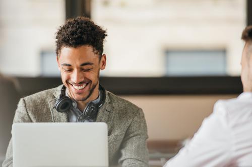 Orange Belgium remanie et optimise son offre pour les clients B2B avec une connexion à 400 Mbps, le double de data et la télévision
