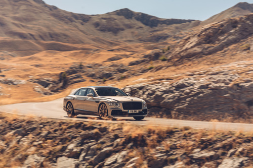 BENTLEY'S GRAND TOURERS: MORE COMPOSED THAN EVER – THROUGH ADAPTIVE MUSIC