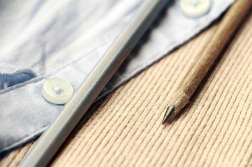 Preview: In Deutschland landen jährlich 100.000 Tonnen Klamotten im Müll. Ein Wissenschaftlerpaar gibt ihnen jetzt neues Leben – als Design-Produkte.