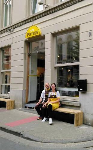 Ambitieuze franchisenemers openen tweede Panos City: 'Ik ben in deze wijk opgegroeid tussen de Panos-koffiekoeken'