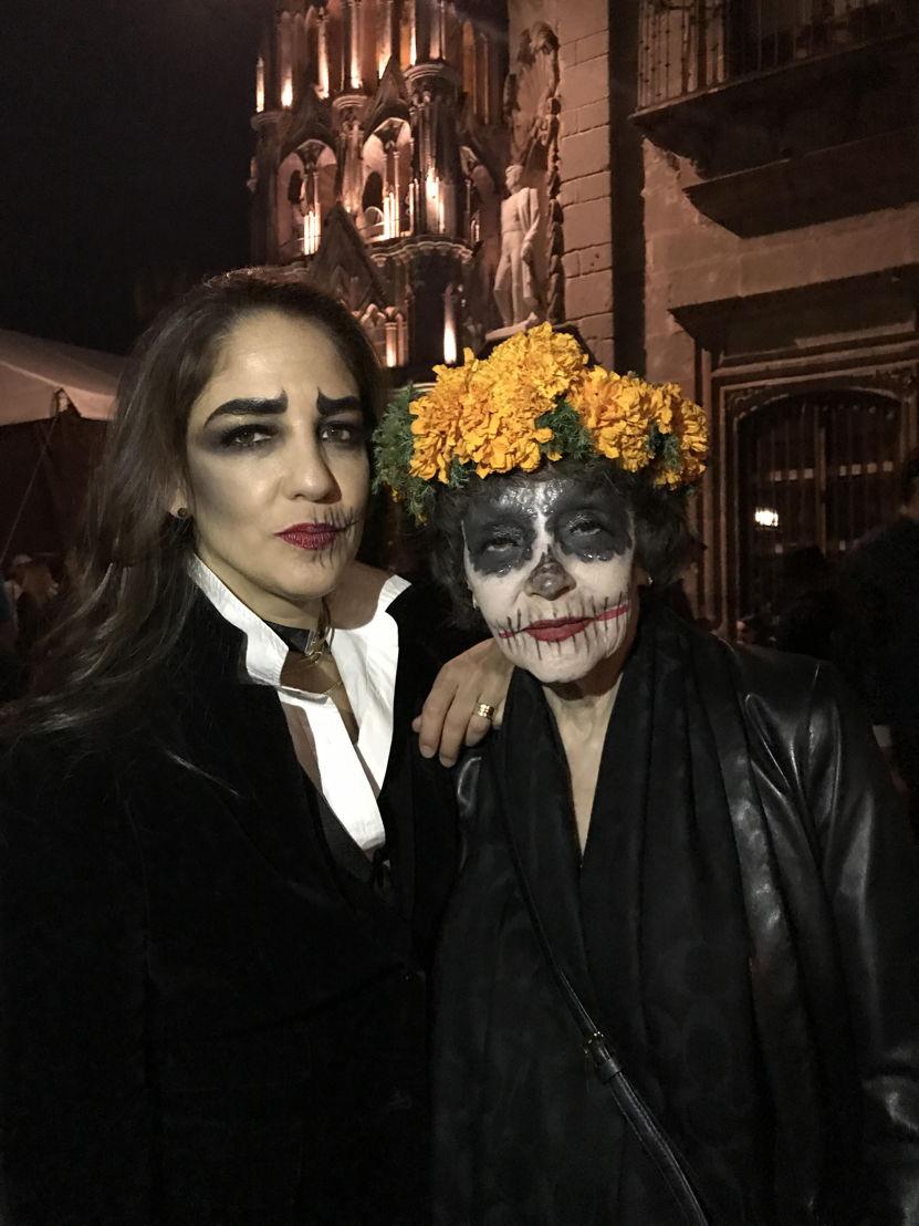 Bertha González Nieves y Señora Nieves