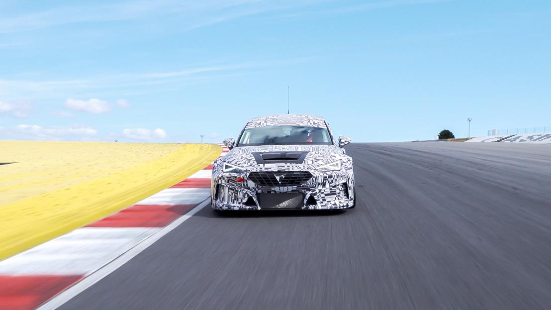 Une voiture de course imprimée en 3D