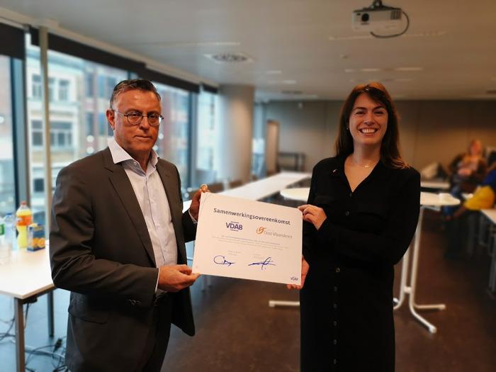 Provincie en VDAB Oost-Vlaanderen bundelen voor het eerst krachten voor sterkere regionale arbeidsmarkt