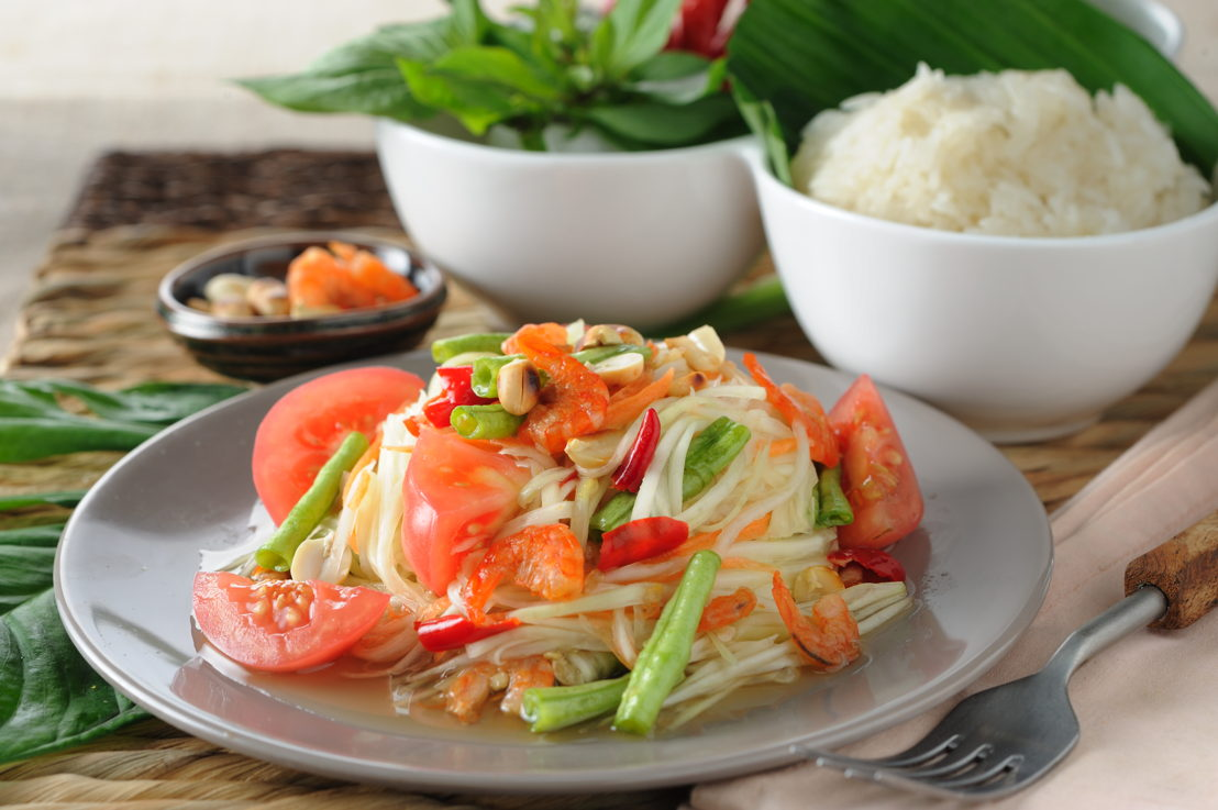 Green Papaya Salad (Som Tam Thai) 2
