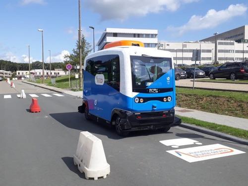 Lancering zelfrijdende shuttlebus op universiteits- en ziekenhuiscampus in Jette