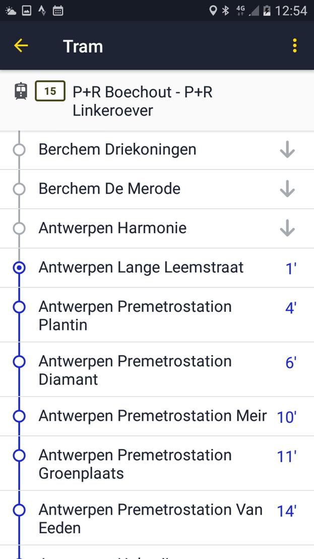 De vernieuwde realtime info in de app van De Lijn. Over hoeveel minuten is de volgende bus of tram er?
