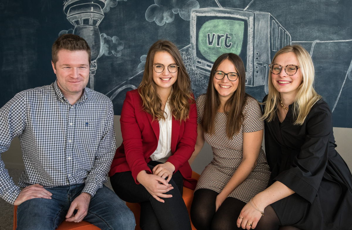 Het team van de VRT klantendienst (vlnr) Bart, Ine, Kato en Anabel (c) VRT