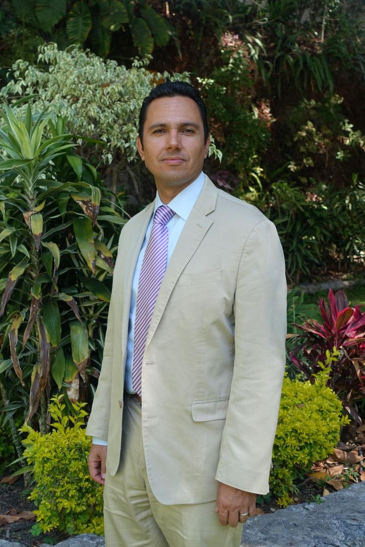 Ernesto de la Peña López<br/>CFE