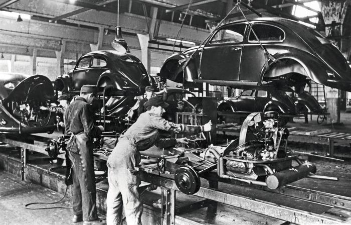 75 jaar geleden in Wolfsburg: start van de serieproductie van de Volkswagen Kever