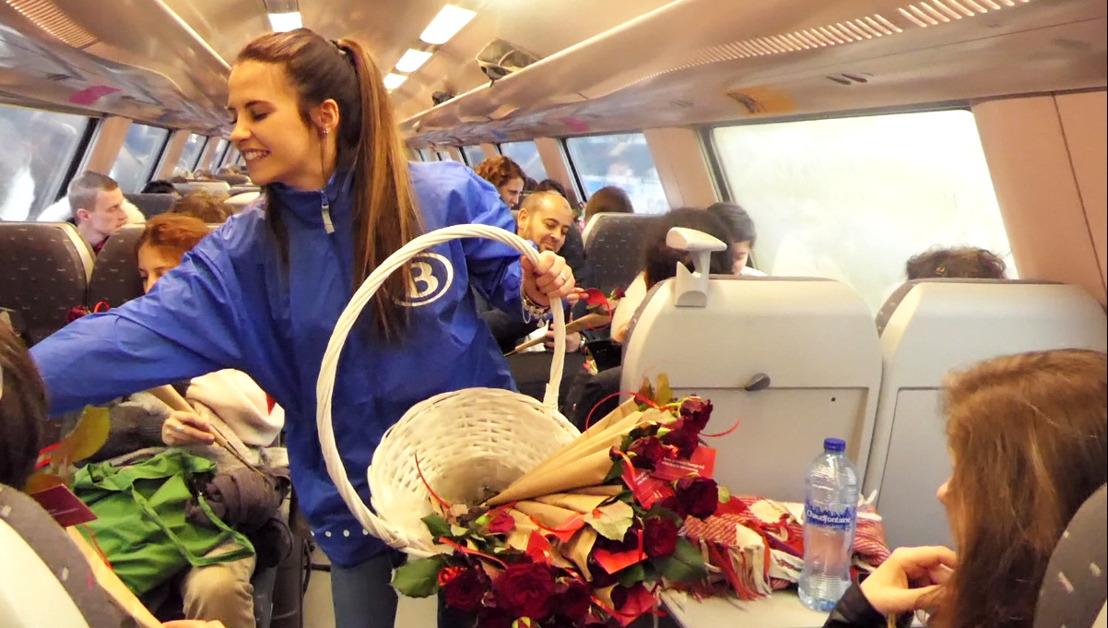 NMBS deelt 5.000 rozen uit tijdens Complimentendag