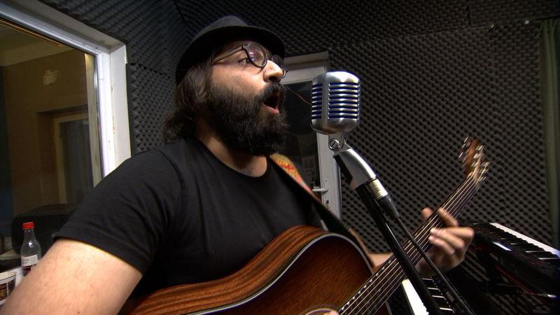 Bomrani singer