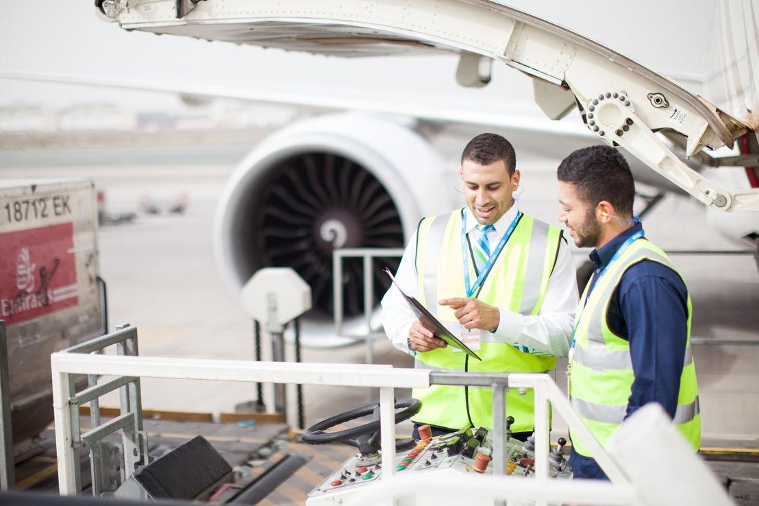 دناتا قدمت خدمات مناولة لـ431978 حركة جوية بمطار دبي الدولي خلال عام 2016.