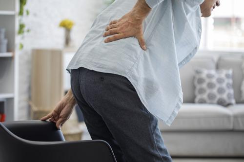 Une approche plus holistique et personnalisée pour les patients atteints de douleurs chroniques (au dos)