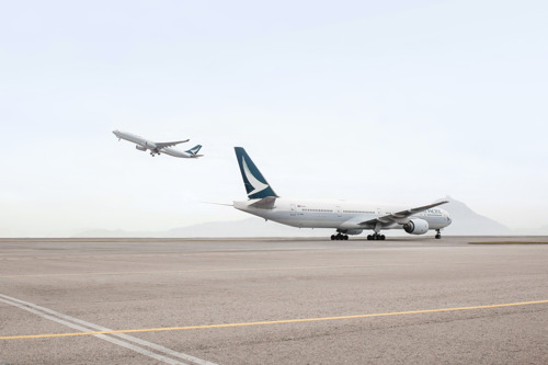 Cathay Pacific Gets Ready to take off from Dubai