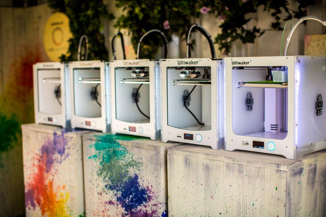 3D printers - printing the Jupiler bottle openers