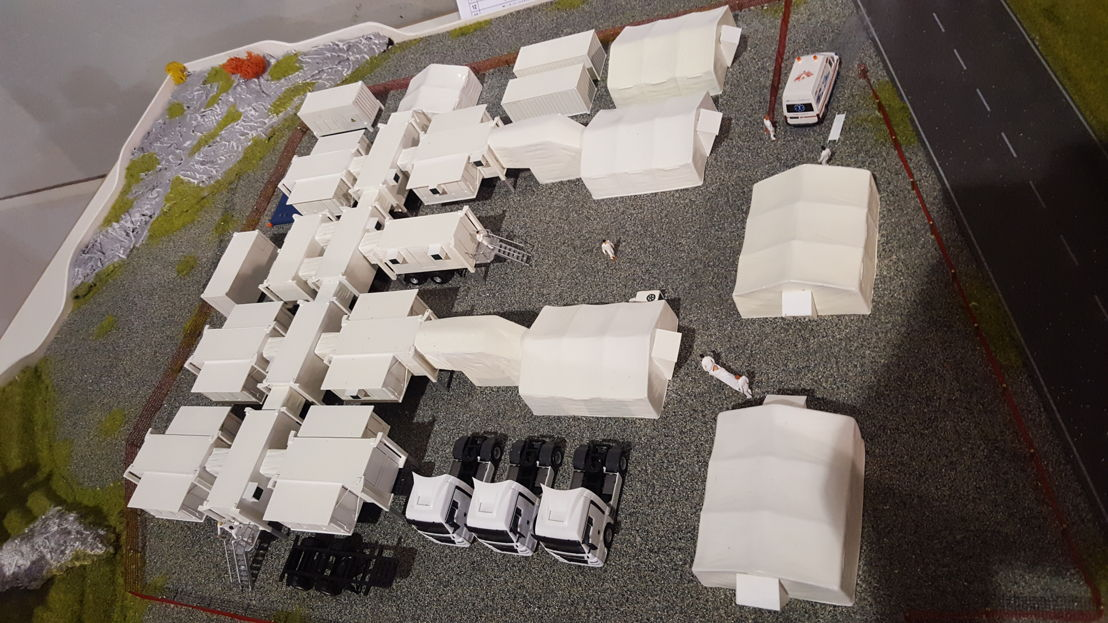 Model of the surgical unit that will be deployed at Place Rogier in Brussels © MSF