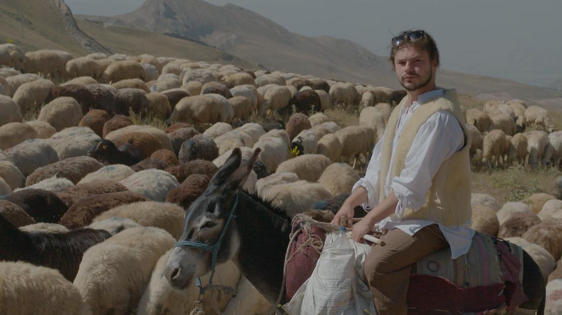 Ben ik familie van? - Week 5: Leonard in Turkije - (c) BlazHoffski