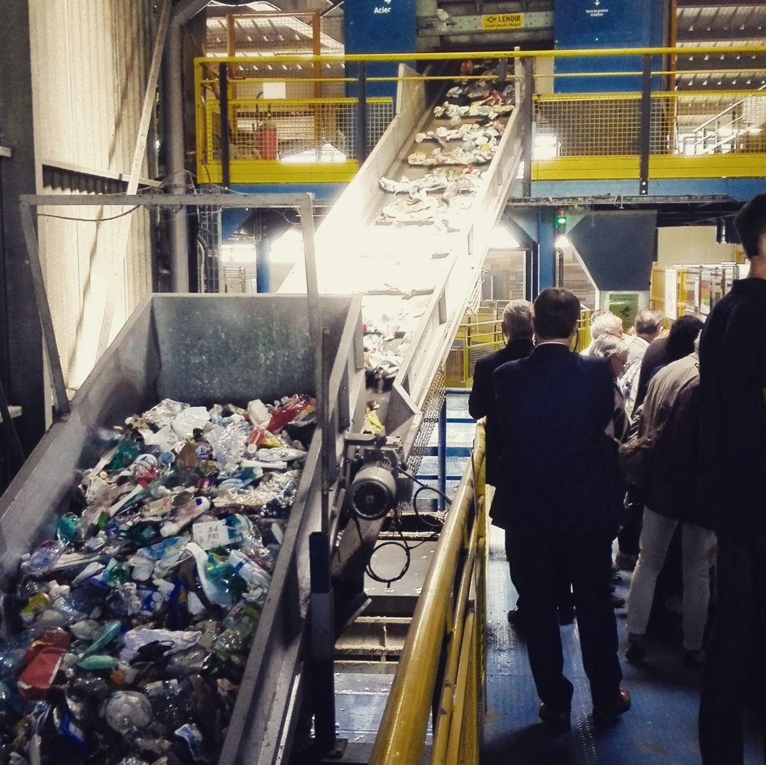 Visit of Kerval Centre Armor sorting center