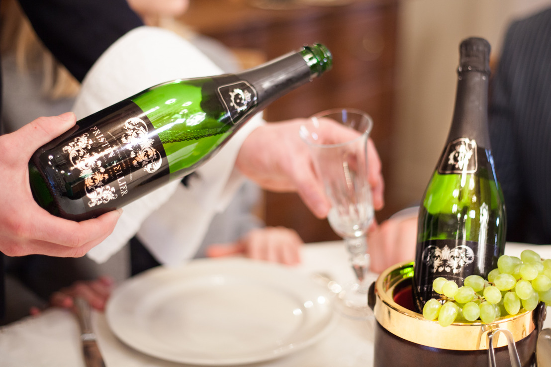 Take part in the Tournée Minérale with your starred chefs' favourite alcohol-free bubbles