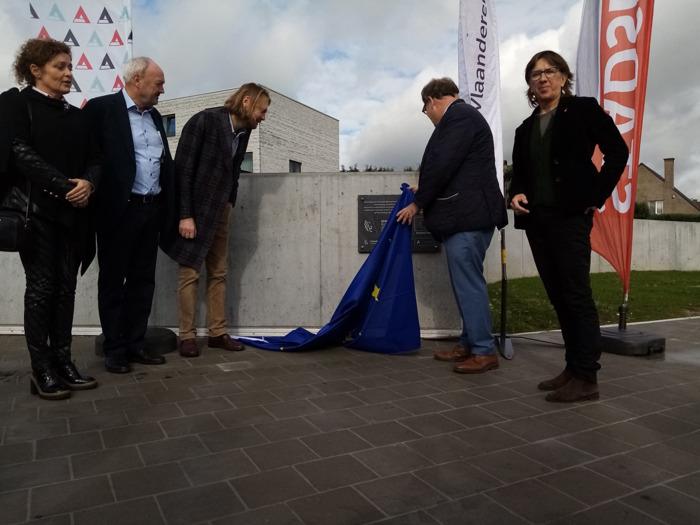 Nieuwe fietstunnel Moorselbaan geopend
